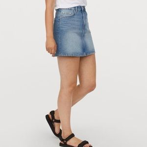 H&M Divided Light Wash Jean Skirt
